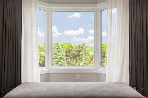 kitchen bay fenster bay window with summer view stock photo image of curtain