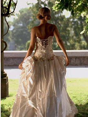 beyonce video wedding dress beyonce best thing i never had wedding dress new video