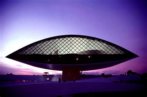 Brazilian Interior Design by Oscar Niemeyer Museum