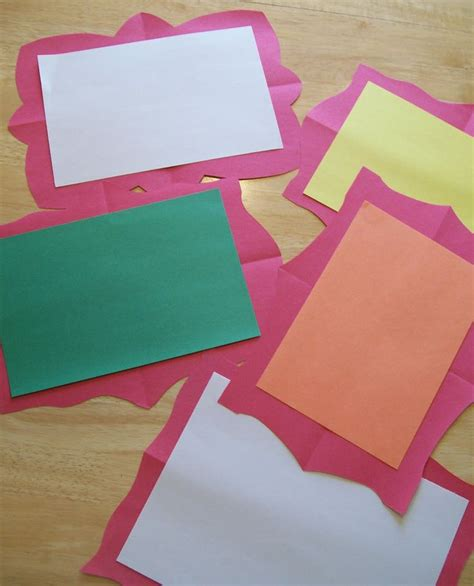 How To Make Picture Frames Out Of Paper - 43 best displays images on classroom