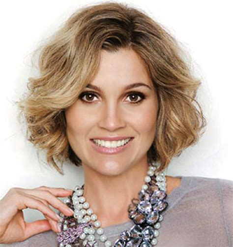 hairstyles curly hair over 40 the 20 best short wavy haircut short hairstyles 2017