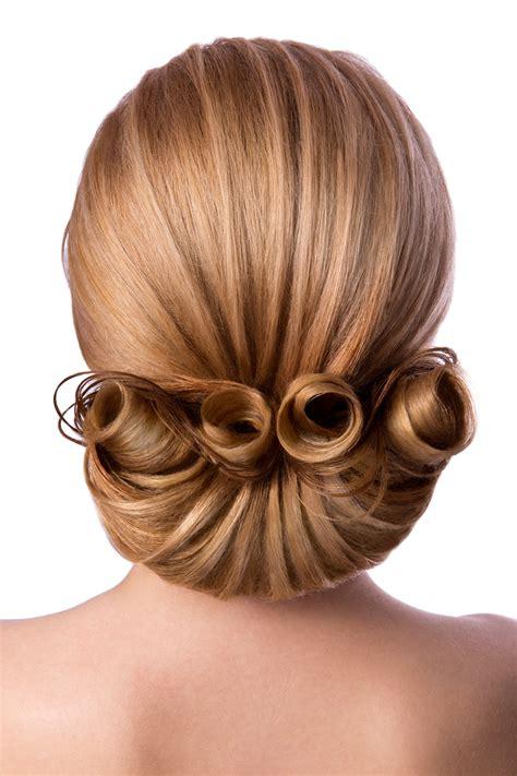 choosing the perfect hairstyle globezhair choosing the perfect hairstyle to match your wedding dress