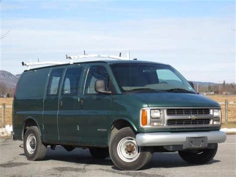 automobile air conditioning service 2000 chevrolet express 2500 windshield wipe control find used 2000 chevrolet chevy express 3500 cargo van green in wallkill new york united states