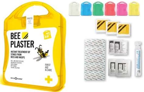 rubber sting kits bee sting aid kits are available in different colours