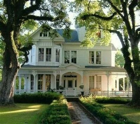 houses with big porches in the south we believe in houses with porches not just