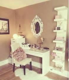 Makeup And Vanity Set The Last City Les 25 Meilleures Id 233 Es De La Cat 233 Gorie Coiffeuse Ikea Sur