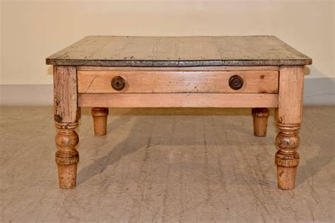 19th Century English Pine Coffee Table For Sale At 1stdibs Pine Coffee Tables For Sale