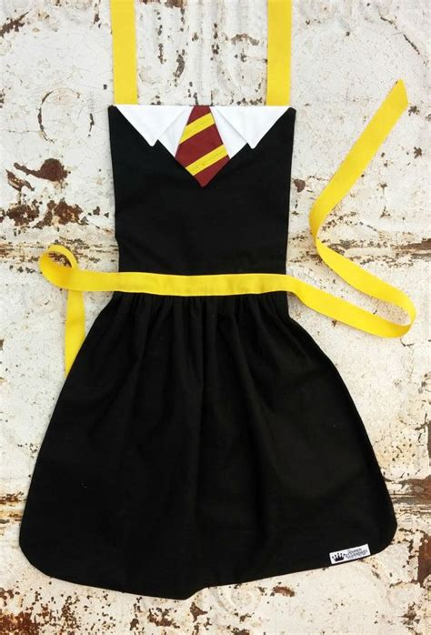 best apron pattern ever harry potter gryffindor inspired costume apron sizes 2t
