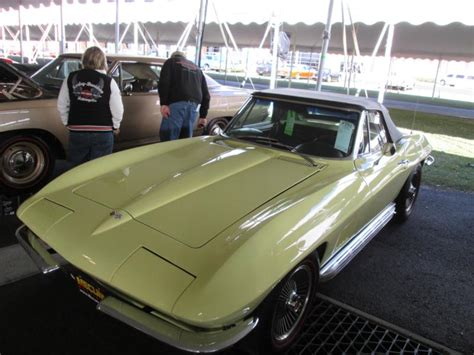 1963 corvette convertible value 1963 chevrolet corvette values hagerty valuation tool 174