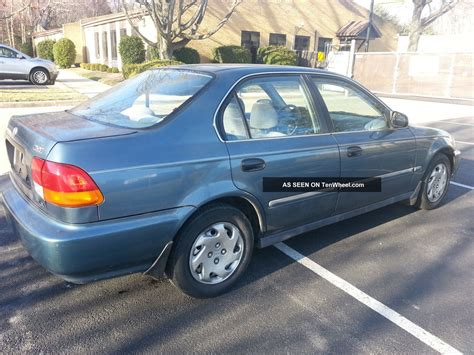 1996 Honda Civic Sedan by 1996 Honda Civic Lx Sedan 4 Door 1 6l
