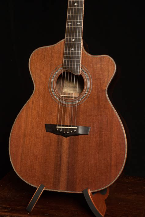 Handcrafted Acoustic Guitars - handmade acoustic guitars lichty guitars