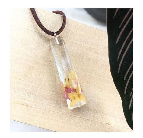 Kalung Resin Dan Kaca kreatif ini aksesoris resin dan bunga kering karya mahasiswa ub malangvoice