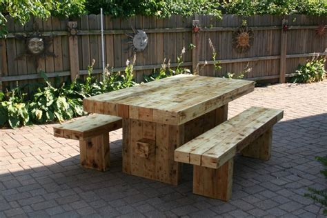 diy reclaimed wood furniture ideas home diy fixes