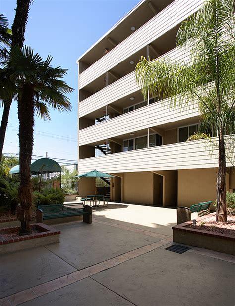 2 bedroom apartments in redwood city ca courtyard apartments rentals redwood city ca