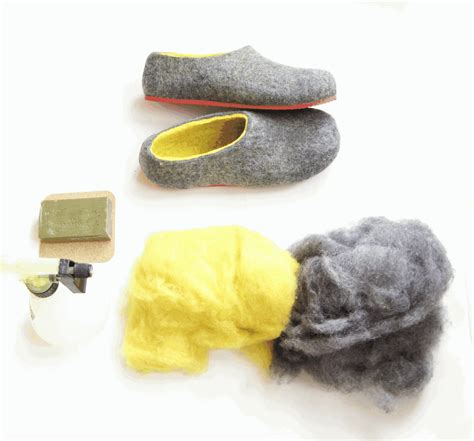 how to make slippers felted wool slippers wool boots cat beds how to make