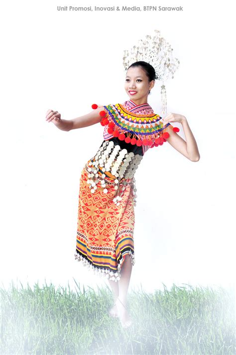 Nama Baju Perempuan Iban unit promosi inovasi dan media pakaian tradisional etnik di sarawak