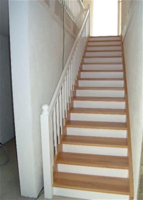 geländer treppe holztreppe wei 223 alle ideen 252 ber home design
