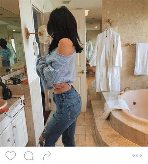 Sweater Kylle jenner cropped sweater sweater light blue
