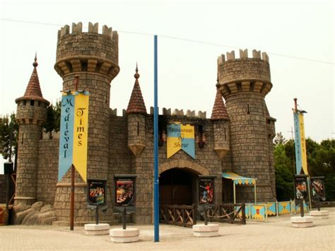 canevaworld prezzo ingresso movieland park