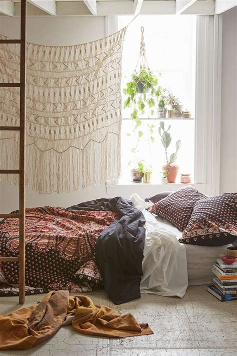 bohemian room decor best 25 bohemian room decor ideas on bohemian