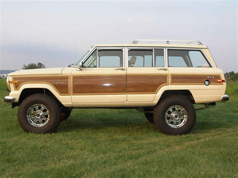 2018 jeep grand wagoneer photos 2018 jeep wagoneer images go4carz com