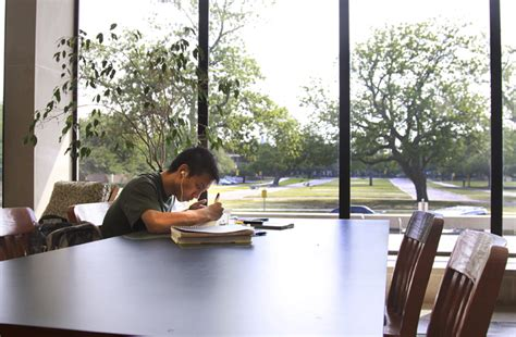A Place To Study In Search Of Peace And Study The Baylor Lariat