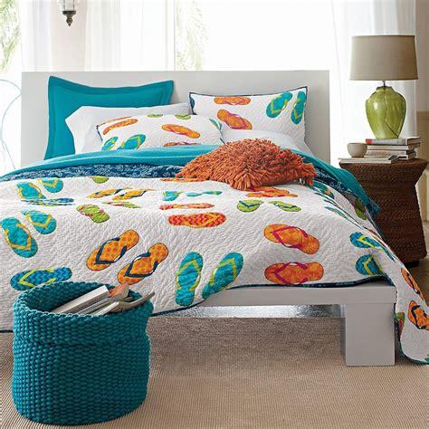 flip flop comforter 25 unique beach quilt ideas on pinterest ocean quilt