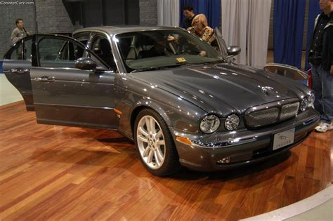 how do i learn about cars 2004 jaguar xk series interior lighting auction results and sales data for 2004 jaguar xj series