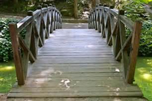 Backyard Pond Supplies Build A Footbridge