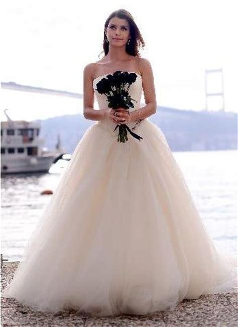 beren saat wedding pics 138 best images about beren saat on models gq