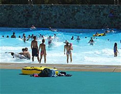 Wave Pool Settlers Cabin Hours by The Settlers Cabin Wave Pool Is Always Packed On A