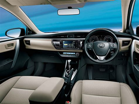 Toyota Altis 2014 Interior by 2014 Toyota Corolla Altis In India Details And Features Bharatlines