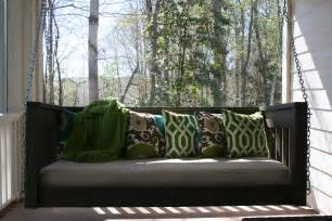 Daybed Porch Swing White Hanging Daybed Diy Projects