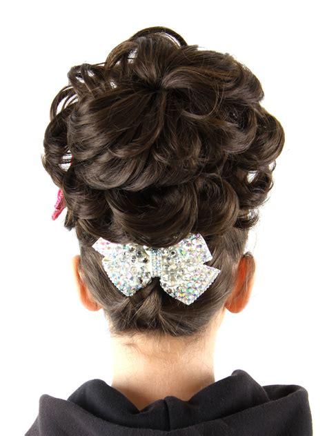 loose curl big bun for irish dancing double caoimhe loose curl bun wig feis fayre