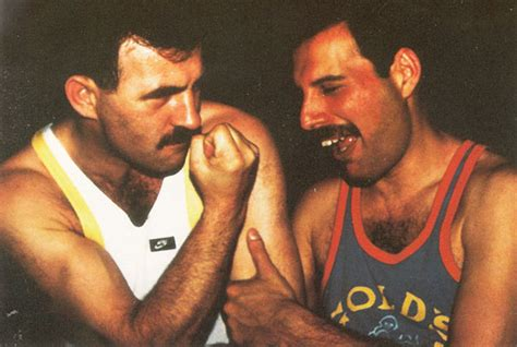 mercury an intimate biography of freddie mercury epub 10 rare photos of freddie mercury and his boyfriend in
