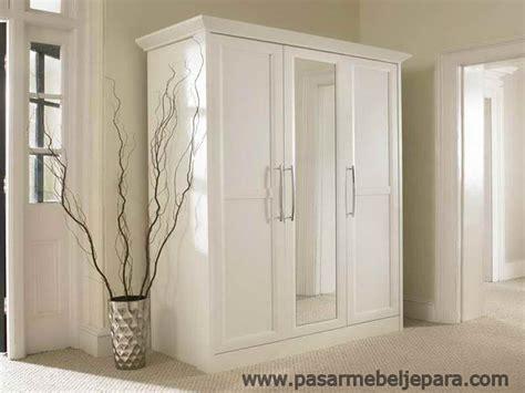 Lemari Felini 3 Pintu lemari pakaian minimalis 3 pintu cat duco bedroom cats 3 and fur