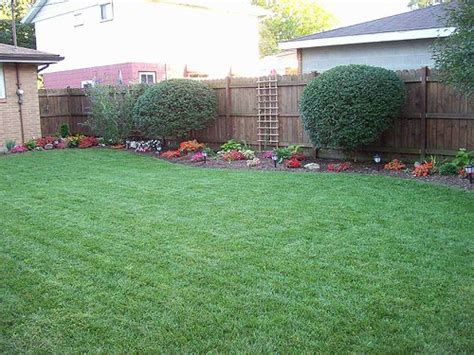 simple backyards 1000 ideas about small front yards on pinterest front