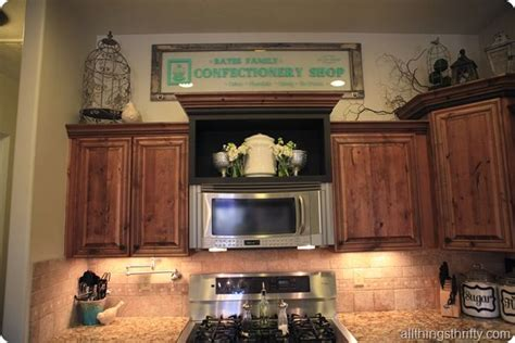 Above cabinet decorations