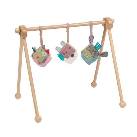 portique en bois moulin roty pour chambre enfant les