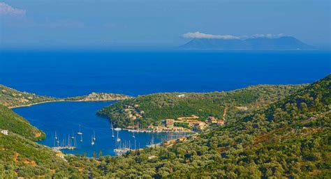 sailing greece in december holidays naleia yachting