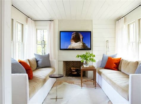 small tv room small tv room living rooms pinterest