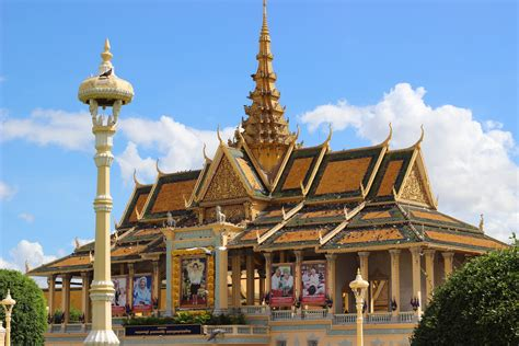 Make Money Online In Cambodia - things to know before traveling to phnom penh cambodia