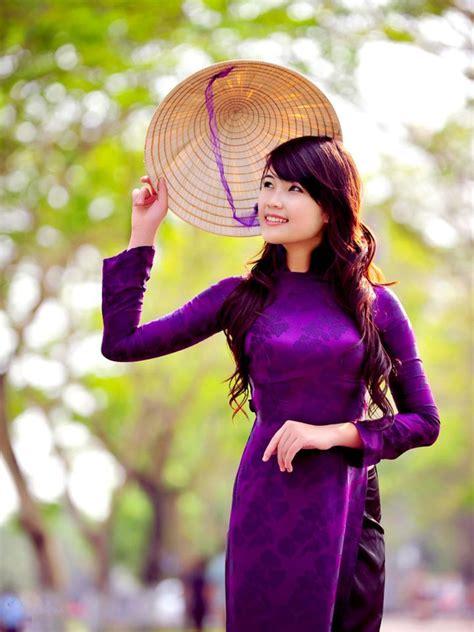 blogger vi t nam vietnamese traditional costume