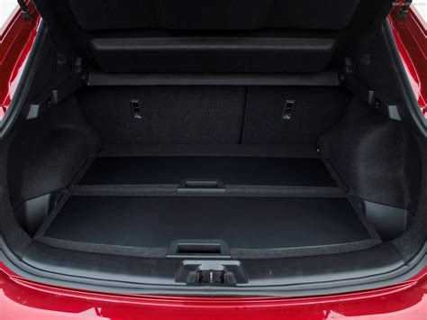 nissan qashqai trunk nissan qashqai picture 140 of 194 boot trunk my 2014