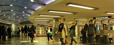grand red  station station information cta