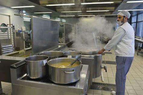 cuisine hopital libourne la cuisine de l h 244 pital plats chauds et