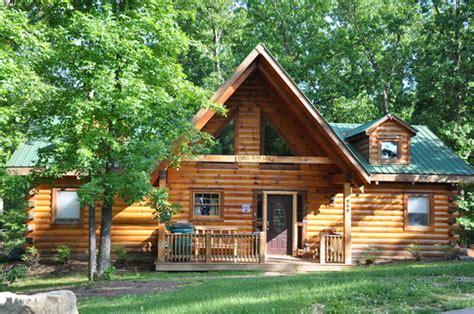 amazing branson log cabins