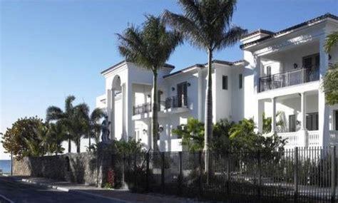 Lebron House Tour On Cribs by Pics Lebron New Miami Crib Slamonline