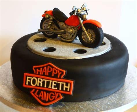 Sugarpaste Bike On A Cake Wheel Cakes Motos Y