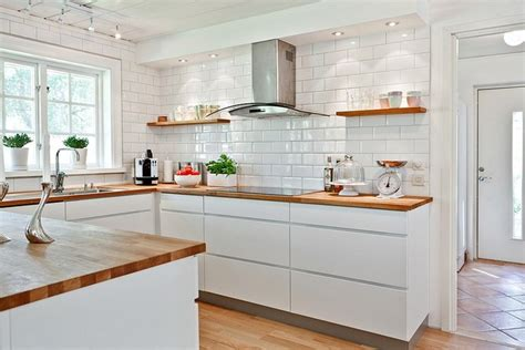 Kitchen Backsplash Photos White Cabinets by K 246 K Matplats H 246 Llviken Hemnet